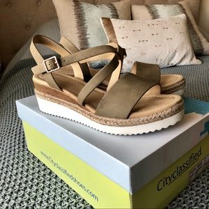 CITY CLASSIFIED Much Wedges